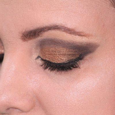 Come Mettere l'Eyeliner Perfettamente